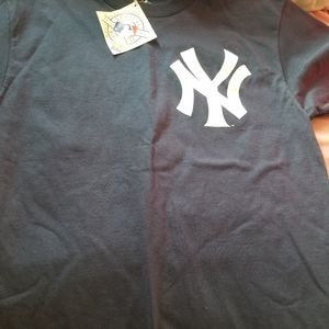 New york Yankees t shirt!
